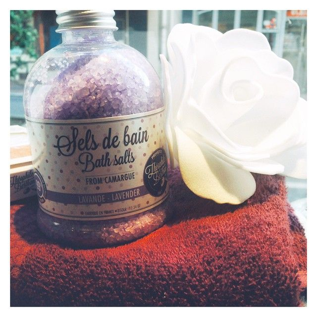 """Envie de détente  #relaxation #bathsalts #lanaika #flowers #shower #bathroom #theophileberthon #mathildem #lanaika #lanaikastore #lnk #traditiondesvosges"" Photo taken by @lanaika_store on Instagram, pinned via the InstaPin iOS App! http://www.instapinapp.com (04/29/2015)"