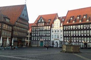 Rathausplatz in Hildesheim. Lohnt sich!