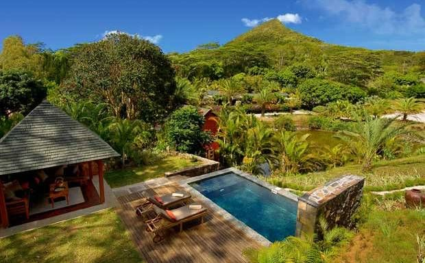 The best hotels in Mauritius chosen by our expert, including luxury hotels and cheap hotels. Read reviews and book them here at the lowest prices.