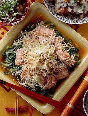 小松菜と生鮭の蒸し煮 | 樋口秀子さんのレシピ【オレンジページnet ...