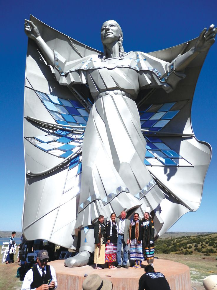 Dignity statue | Indianz.Com > Native Sun News Today: 'Dignity' statue brings diverse ...