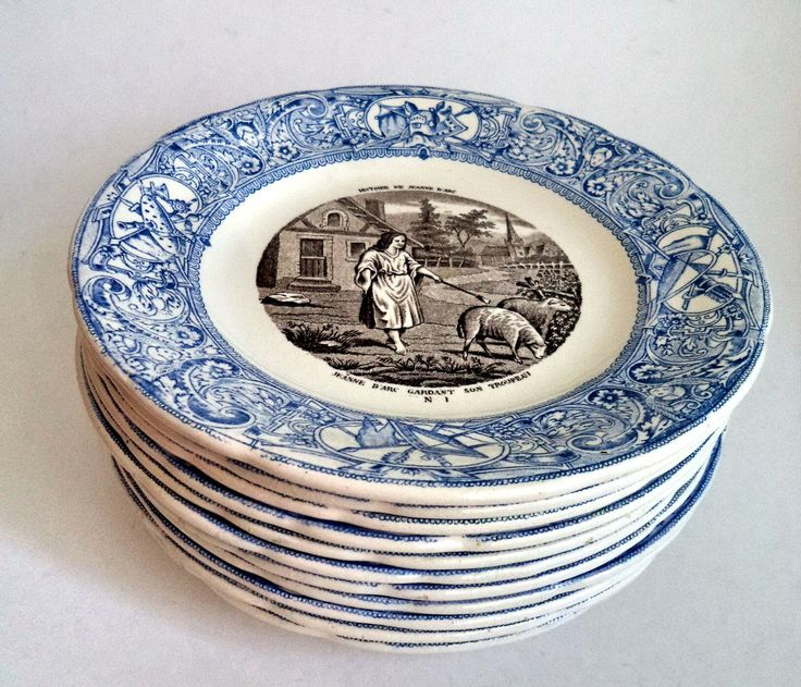 LOT of 12 Gien France Blue White Transferware Jeanne D'Arc Story Plates Rare Set 1930s Vintage Faience Complete French Pottery Dinner Retro by MushkaVintage3 on Etsy