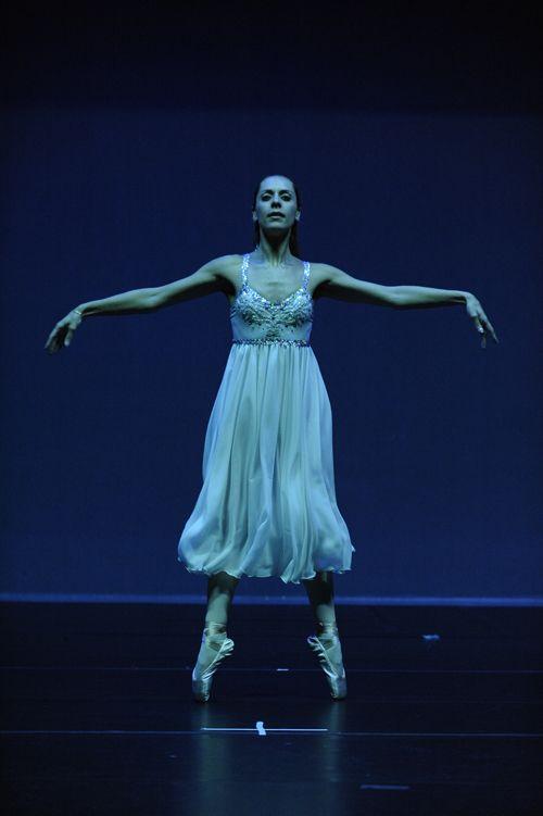 Σκηνή από την παράσταση στο Θέατρο Αλίκη, Ιούνιος 2010