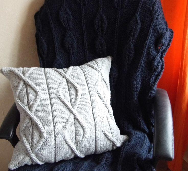knit pillow and afgan