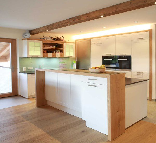 Landhausküchen bei Gfrerer Küchen in Goldegg, Sa…