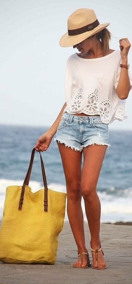 Summer style … absolutely love this look. perfect for any honeymoon or beach outing! #DenimShorts #SummerVacation