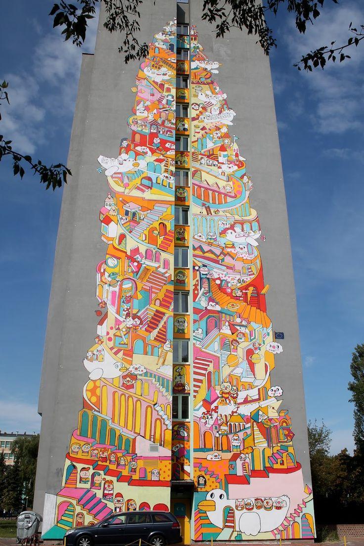 """Poland, Lodz, mural """"Wieża babel"""""""