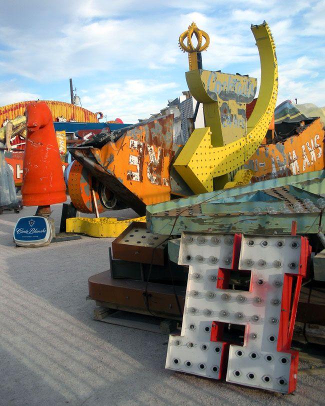 Neon Boneyard. Las Vegas