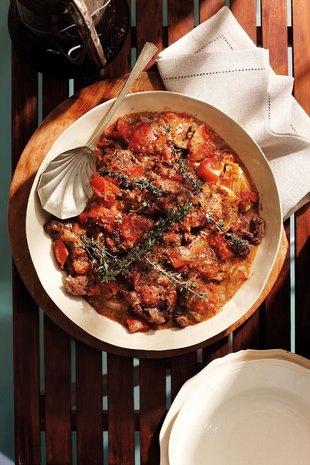 Wildsvleis-tamatiebredie -#Aandete | SARIE | Game and tomato stew #dinner
