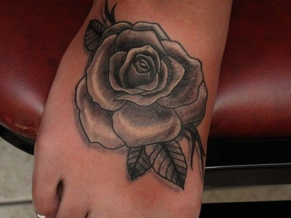 Google Image Result for http://www.galleryoftattoosnow.com/InkaholicsTheRogueElephanttheRogueElepahntMEMBERS/images/gallery/medium/rose.jpg