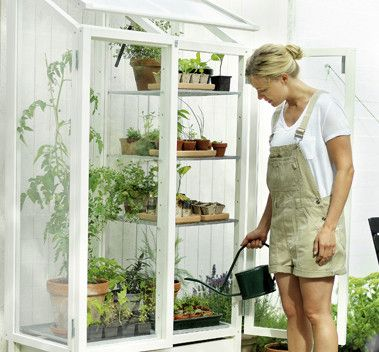 Green Vitrine is a greenhouse for the balcony, terrace and small yards. The adjustable feet make it possible to set the vitrine up even on uneven surfaces. The product was designed with an ergonomic working position in mind.   Kekkilä Green vitrine