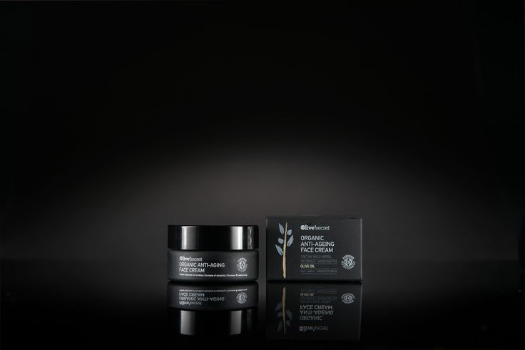 ANTI-AGEING CREAM ORGANIC SKIN REGENERATION AND NUTRITION.