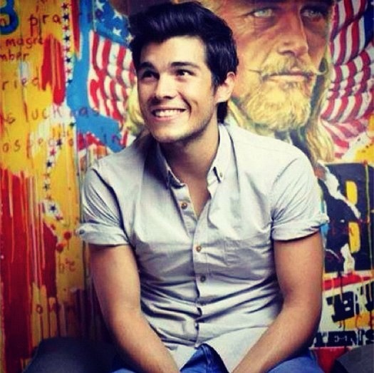 Erwan Heussaff - He's not your typical boy-next-door kind of guy. I actually consider him as one of the most successful and inspiring people in social media, and at only at the young age of 26. A food enthusiast, a triathlete, a linguist, and over-all a great guy. Check out his blog at: http://www.thefatkidinside.com