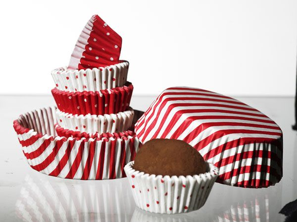 IKEA Christmas collection - red and white cupcakes