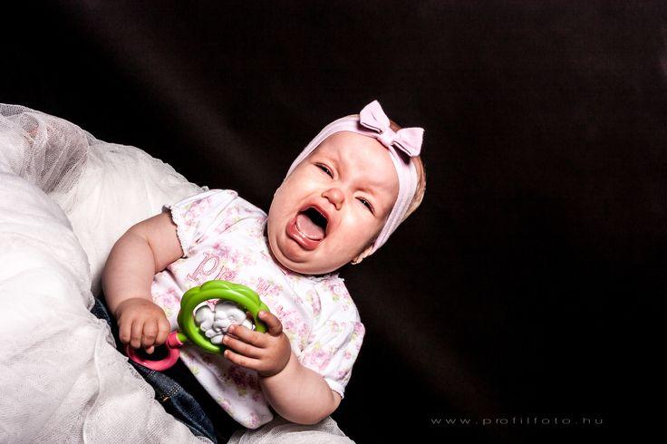 crying baby - www.profilfoto.hu  photo by Krisztina Mate