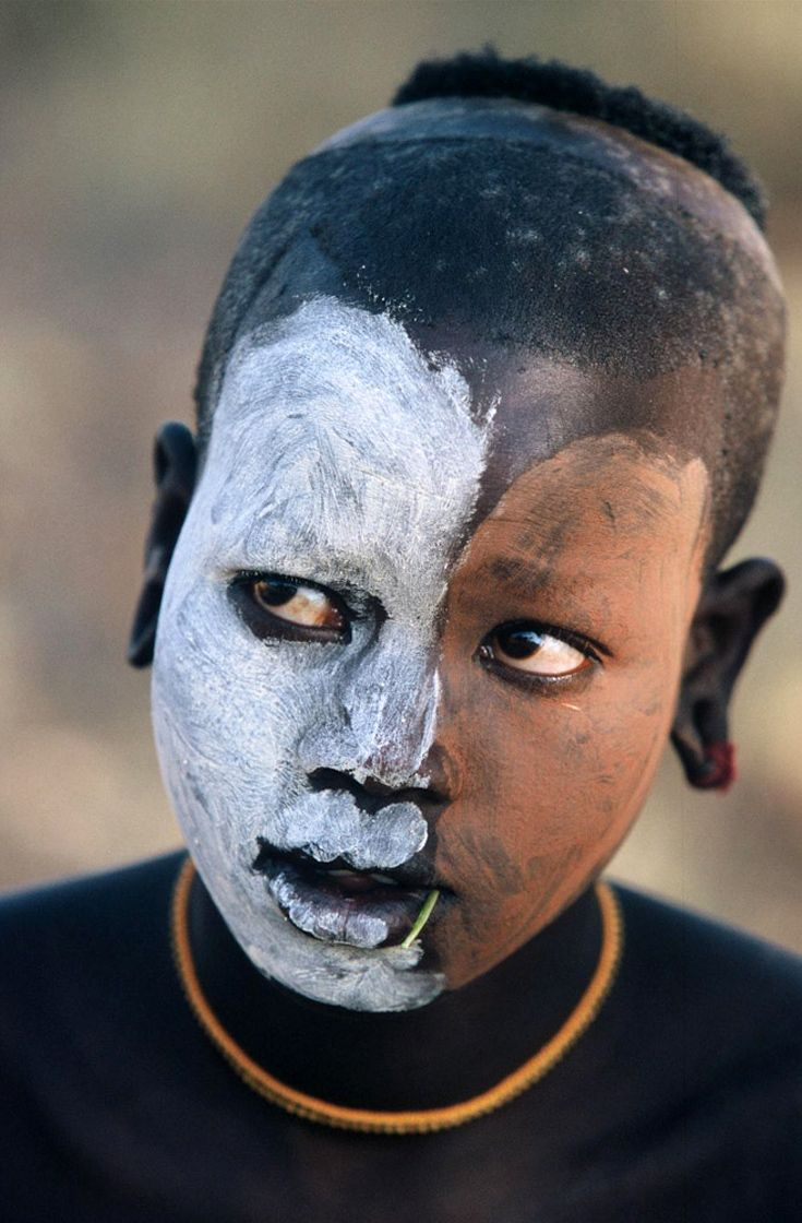 Africa | People of the Omo Valley, Ethiopia | ©Hans Silvester