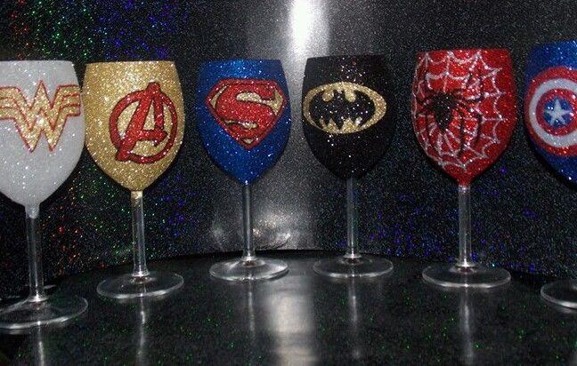 Glitter glass Superhero wine glass 30cl individual. Superman.batman.hulk.marvel.