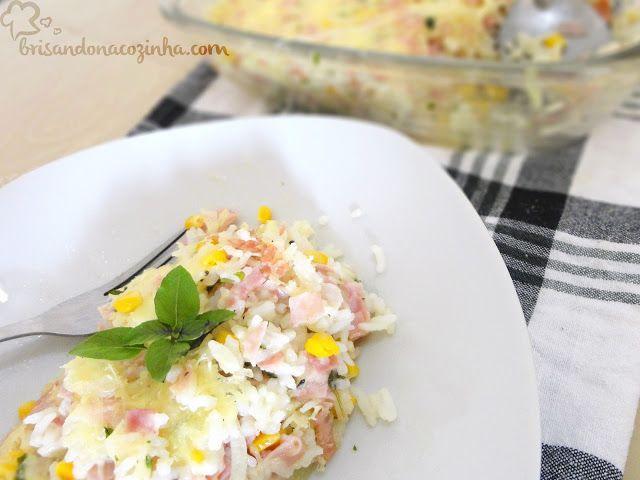Brisando na Cozinha: Arroz superfácil de forno (microondas) com presunto e queijo | Receita em vídeo - aproveite as sobrinhas de arroz!