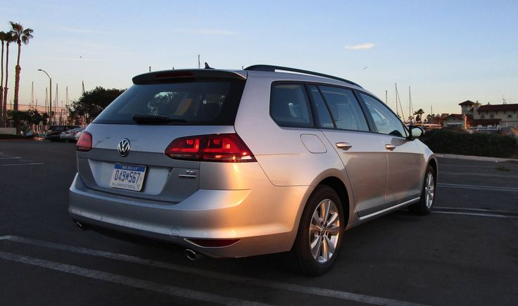 Is the Golf Wagen 4Mo the cure for Diesel-departum depression? If you're a VW fan, you know by now that the diesel (TDI to the faithful) is a goner. And that's a big bummer to Wagon fans. We know a lot of VW Wagon owners who just looooove the great fuel economy of the TDI – making it an especiall