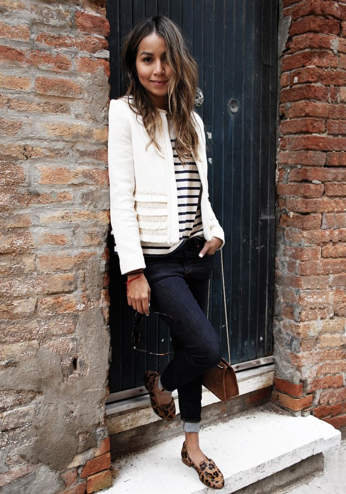 A perfect outfit!  Tweed Jacket + Stripes Shirt + Skinny Jeans + Leopard Print Loafers