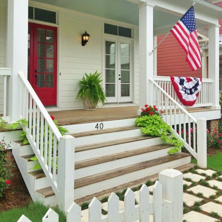 farmhouse front steps | Big wide front porch steps | Dream Home