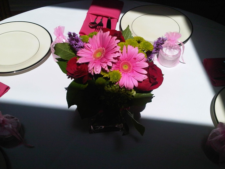 small table arrangement for shower guests 7/11