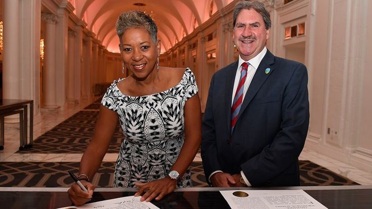 The ITF has announced the creation of an ITF Women in Sport Committee to promote equal opportunities on and off the court.  The goal of the Women in Sport Committee will be to advise and make recommendations to the ITF Board of Directors on ways of promoting equal opportunities for girls and women to participate in tennis and the leadership of the sport. The Women in Sport Committee will be chaired by USTA President and ITF Board member Katrina Adams. Read more at http://www.itftennis.com