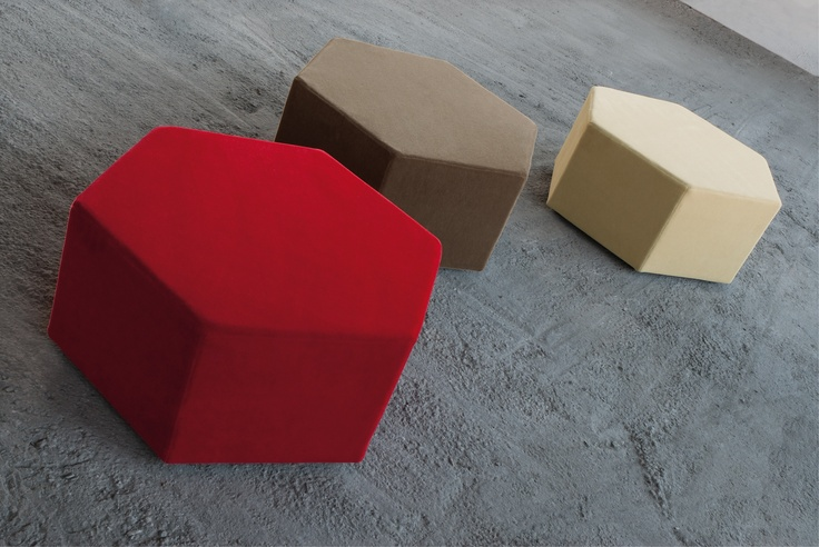 Hexagonal-shaped pouf for creating arrangements in a variety of colours and shapes bu joining together several elements..In polyurethane foam and fabric upholstery. A design of Kazuhide Takahama, 1968.