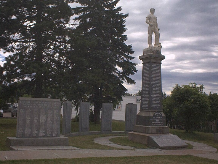 Springhill, Nova Scotia, Monuments in honor of the miners killed in various disasters