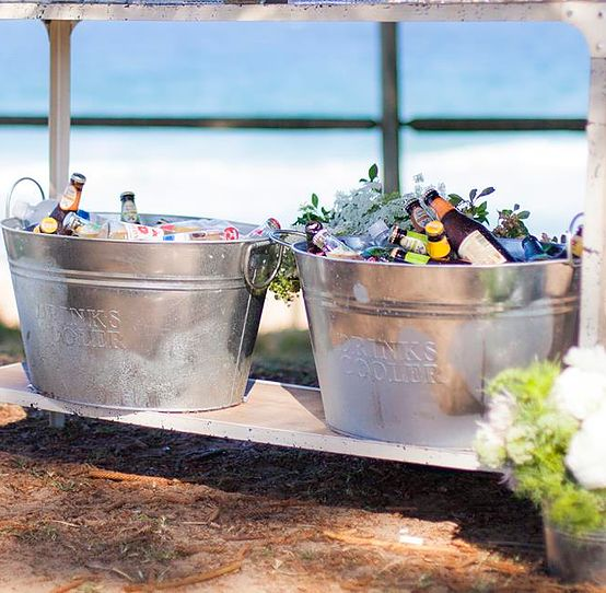 Honey Lane can create a gorgeous drinks station for your next event, or hire from us to DIY.
