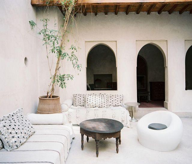 Allez voir cette image sur jet-lag-trips: Le riad El Fenn pour découvrir l'art du Maroc