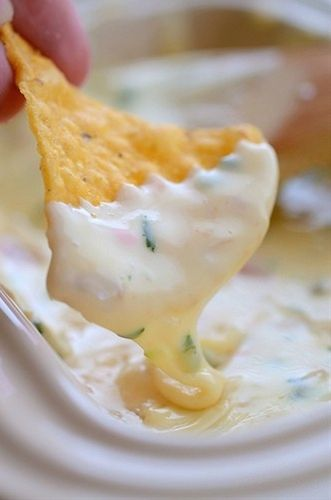 How To Make Queso Blanco Mexican White Cheese Dip Restaurant Style  Queso Blanco… it's that yummy white cheese dip that you enjoy at *some* Mexican restaurants. Ben and I love it, but it's proven hard - Click image to find more other Pinterest pins