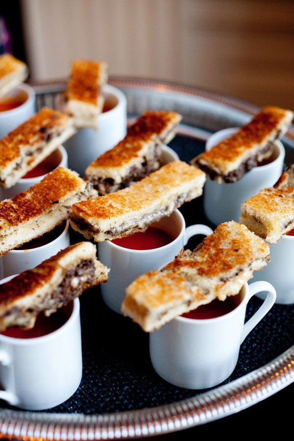 grilled cheese and tomato soup for a winter wedding