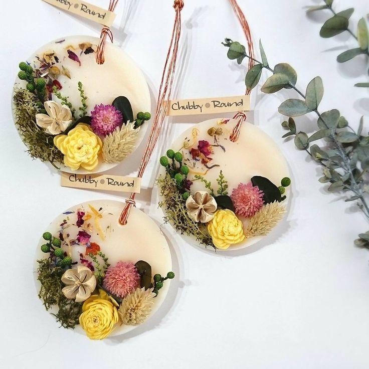 雨ばっかりでしたけど、そろそろ秋らしくなってくれないと( ´・౪・`)✨ 秋っぽいデザインも出しつつ、梱包に追われております♡ #chubby_round #handmade#natural#materials #aroma#sachet#aromabar #essentialoil#botanical #wax#flower#herb#autumn #present#gift#minne #アロマ#ワックスサシェ #ボタニカル#自然素材#秋 #ハンドメイド#インテリア #プレゼント#ギフト