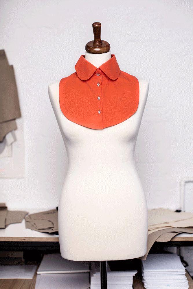 Für alle, die Abwechslung lieben: Der Wechselkragen wird unter Kleidern oder Pullovern getragen. Design: Anke Müller/cherrypicking - kostenloses Schnittmuster: Initiative Handarbeit.