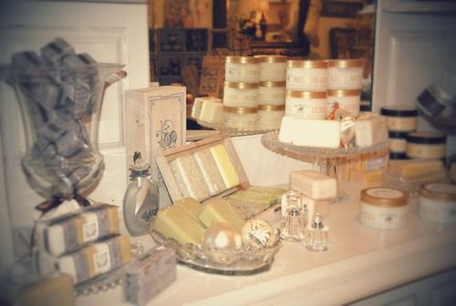 Christmas Gift Ideas - Pre de Provence toilleteries and soaps.