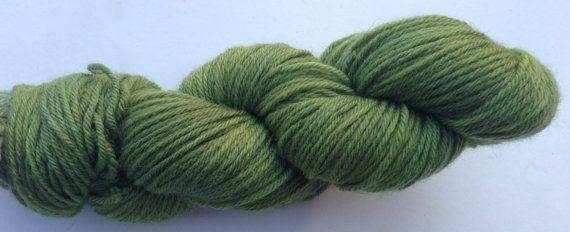 Sword of a Green (Eos- 100% BFL DK) Green