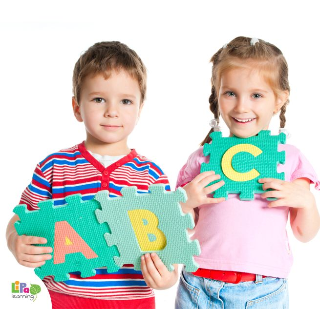 How to work on vocabulary growth while playing with preschoolers?