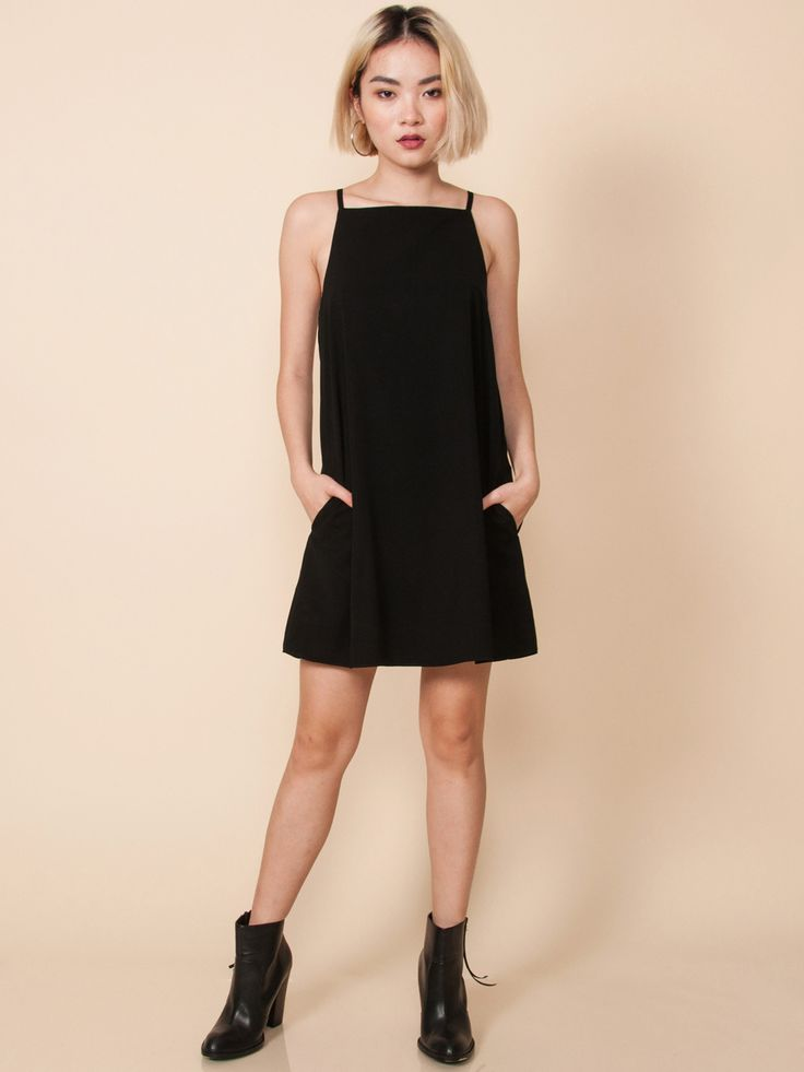 LIVVY Slip Dress with Pockets (Black)