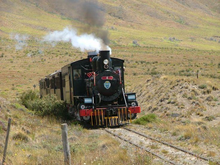 The old Patagonia Express (La Trochita) by Fernando Gabriel Ranea | from Panaramio http://www.panoramio.com/photo/53478260