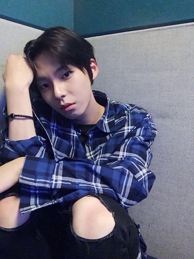 Woo Jinyoung 우진영