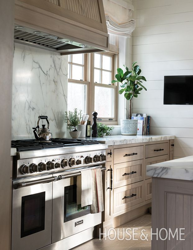 30 Kitchen Cabinet Ideas That Blend Style