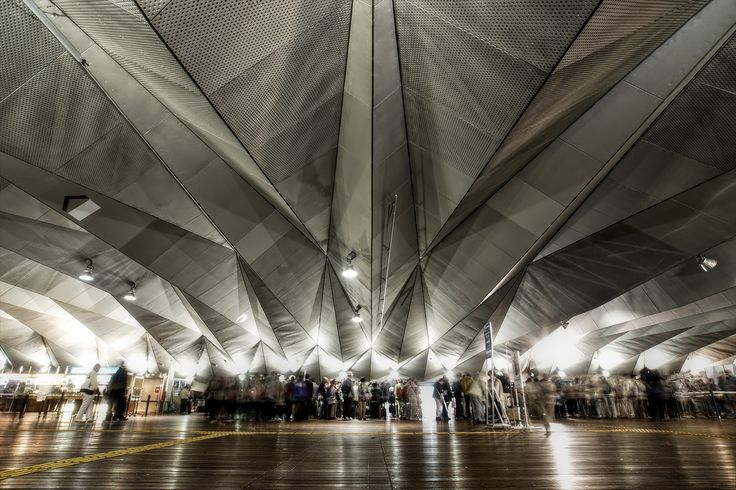Osanbashi Yokohama International Passenger Terminal (横浜港大さん橋国際客船ターミナル) / Architect by and Ms.Farshid Moussavi and Mr.Alejandro Zaera-Polo (設計:アレハンドロ・ザエラ・ポロ、ファッシド・ムサヴィ)