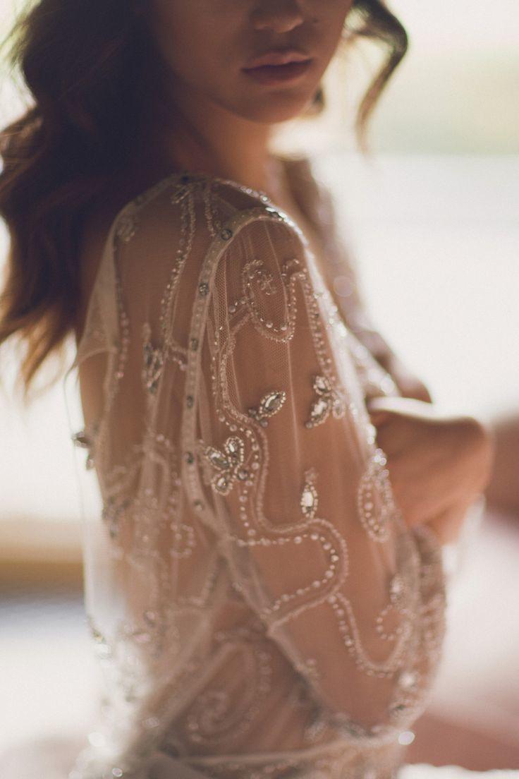 まるで着るジュエリー!スワロフスキーが素敵すぎる一枚♡ ジェニーパッカムの花嫁衣装・ウエディングドレス一覧☆