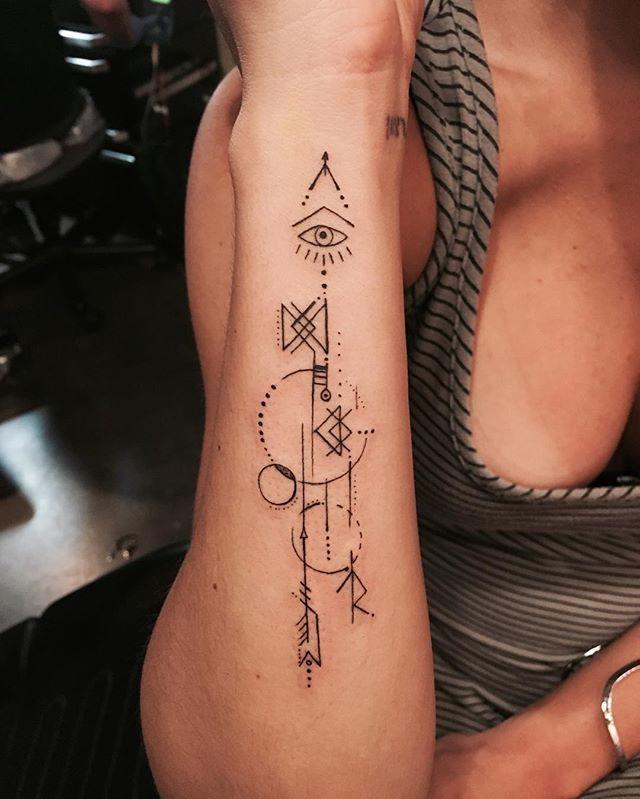 Geometric tattoo. Done at @tattooandcomiami .