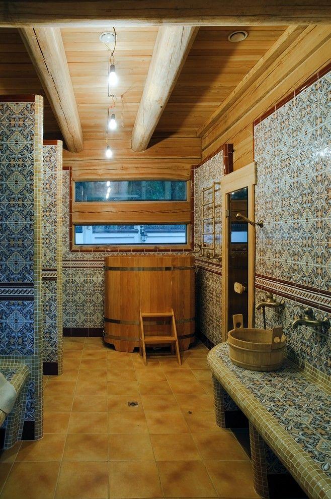 Ванная комната с деревянным мини бассейном в восточном стиле. #восточный_стиль #деревянный_бассейн