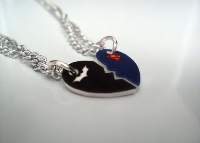 Batman superman friendship necklace