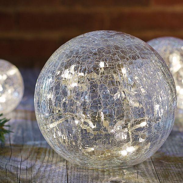 1000 id es propos de guirlandes lumineuses de globe sur pinterest clairage d 39 arri re cour. Black Bedroom Furniture Sets. Home Design Ideas