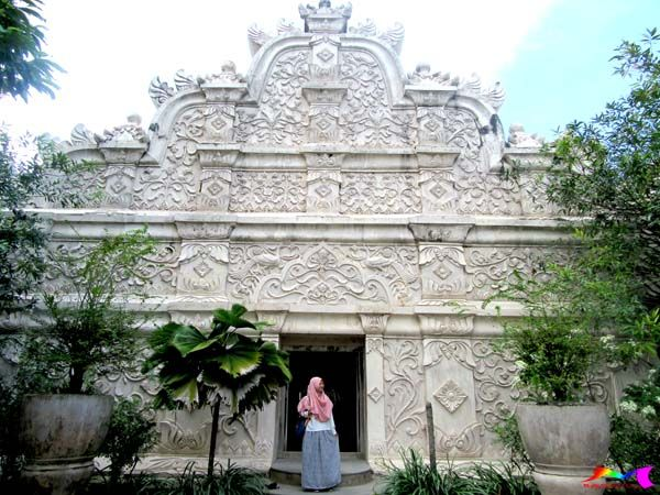 Water Castle, Tamansari Yogyakarta, Taman Indah Kesultanan Tempo Dulu – raunmulu.com