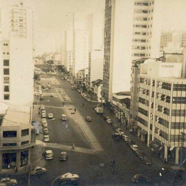 Rua Amaral Gurgel sem o Minhocão Ano: década de 1960